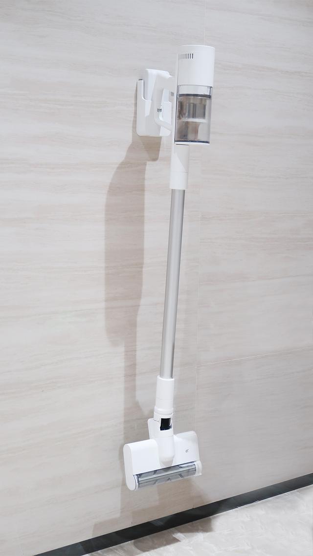 小米顺造吸尘器评测:仅999元,切毛滚刷+多锥分离技术,比肩戴森