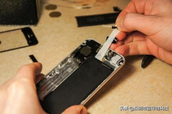 手机连续一晚上充电,到底会不会减少手机电池的使用寿命呢?